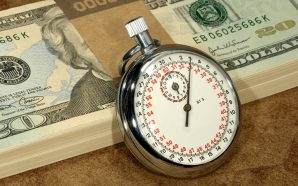 Pros and Cons of a Payroll Service, Payroll Service